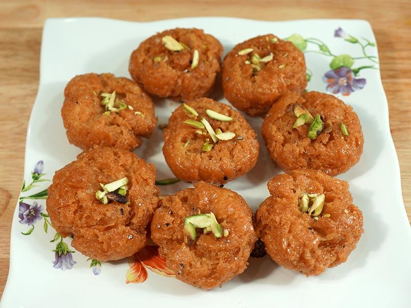 Halwai Style Balushahi Recipe